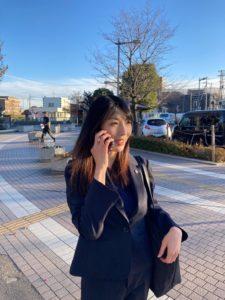 行政書士野崎明穂の写真
